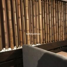 Бамбуковый ствол в интерьере – фото 4